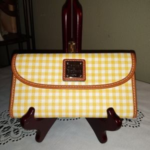 🎄SALE HTF RETIRED YELLOW GINGHAM WALLET